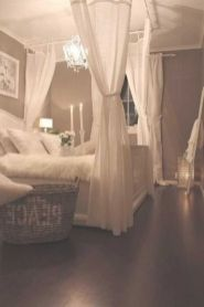 Inexpensive Romantic Bedroom Design Ideas You Will Totally Love 14
