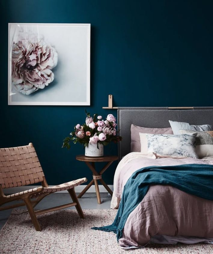 Inexpensive Romantic Bedroom Design Ideas You Will Totally Love 69