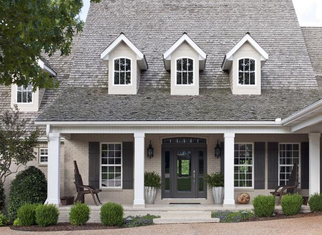 Modern Trends Farmhouse Exterior Paint Colors Ideas 2017 32
