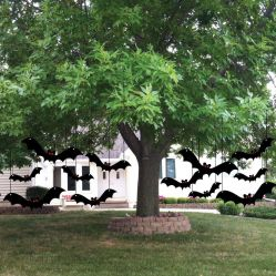 Scary Front Yard Halloween Decoration Ideas 36