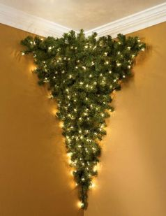 Space Saving Christmas Tree Ideas Suitable For Small Rooms 13