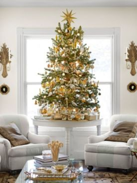 Space Saving Christmas Tree Ideas Suitable For Small Rooms 22