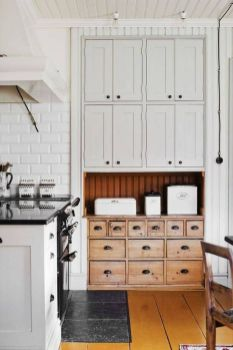 Beautiful Farmhouse Style Rustic Kitchen Cabinet Decoration Ideas 20