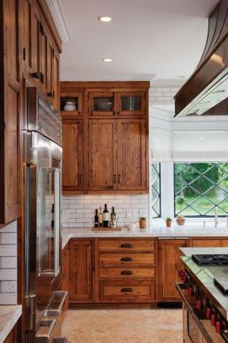Beautiful Farmhouse Style Rustic Kitchen Cabinet Decoration Ideas 39