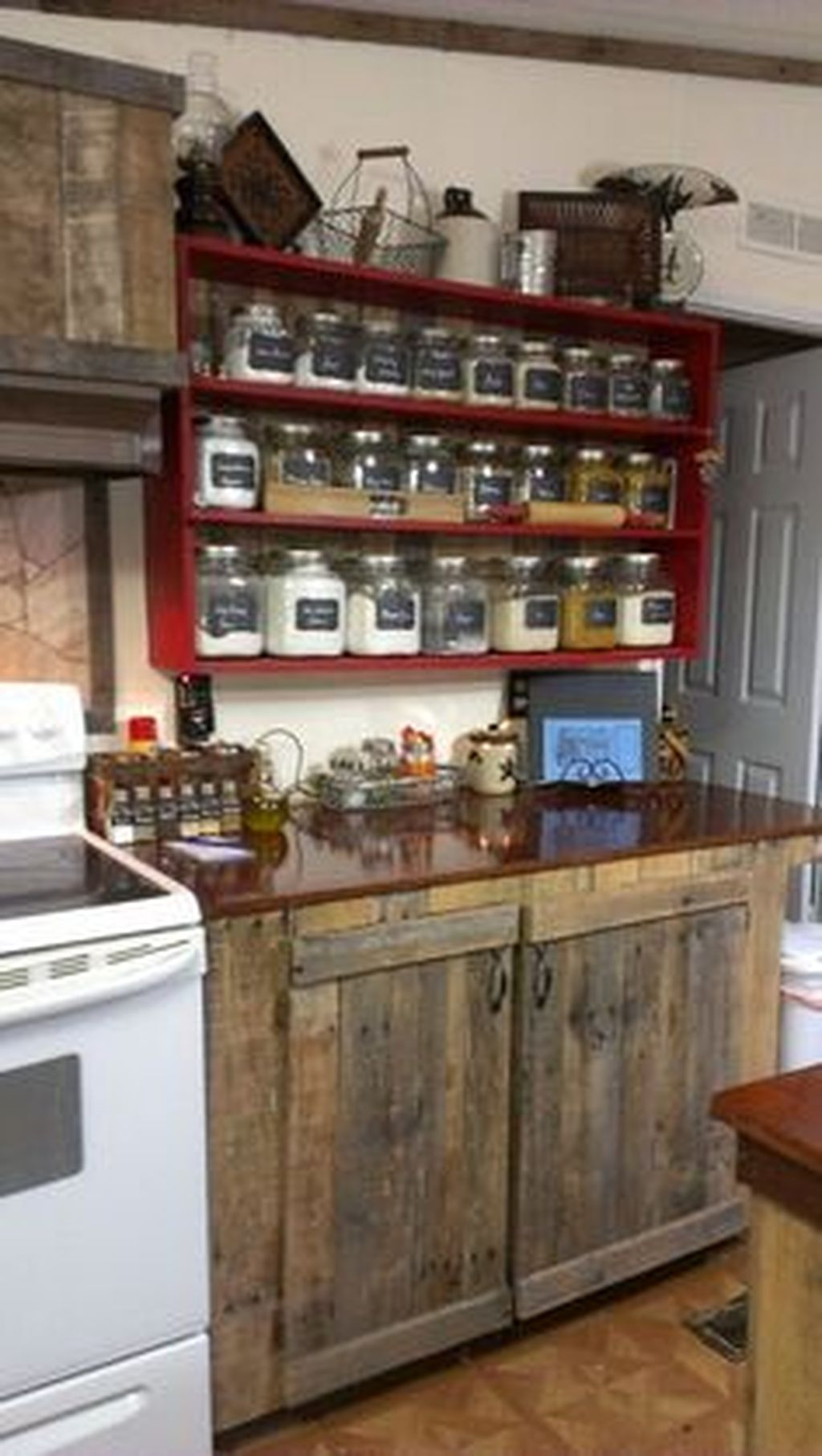 Beautiful Farmhouse Style Rustic Kitchen Cabinet Decoration Ideas 68