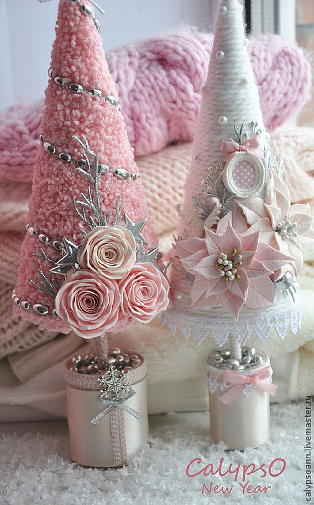 Cute And Adorable Pink Christmas Tree Decoration Ideas 22