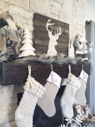 Elegant White Vintage Christmas Decoration Ideas 68