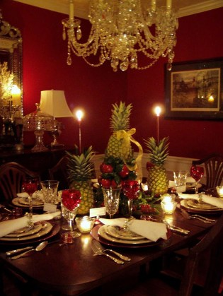 Elegant And Beautiful Tabletop Christmas Tree Centerpieces Ideas 24