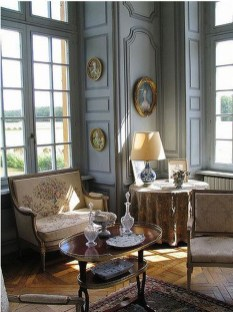 Incredible And Stunning French Home Decoration Ideas 77