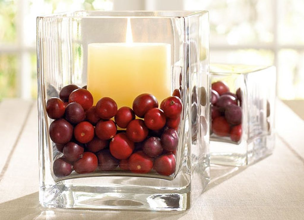 Inspiring Modern Rustic Christmas Centerpieces Ideas With Candles 77