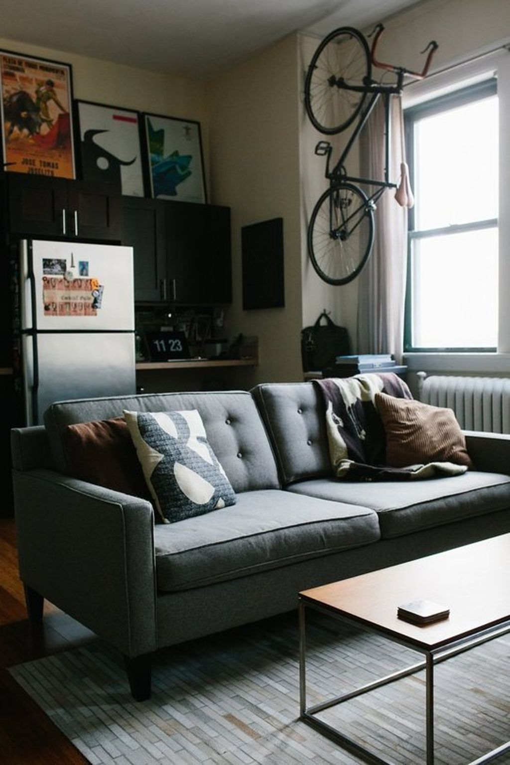Inspiring And Affordable Decoration Ideas For Small Apartment 19
