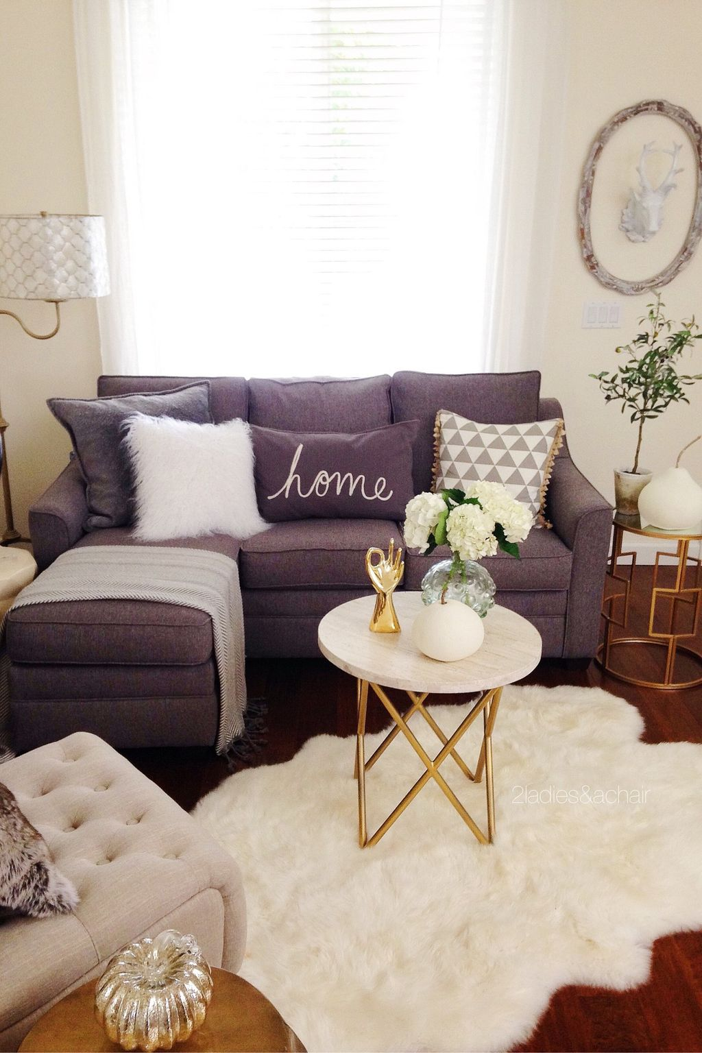 Inspiring And Affordable Decoration Ideas For Small Apartment 26