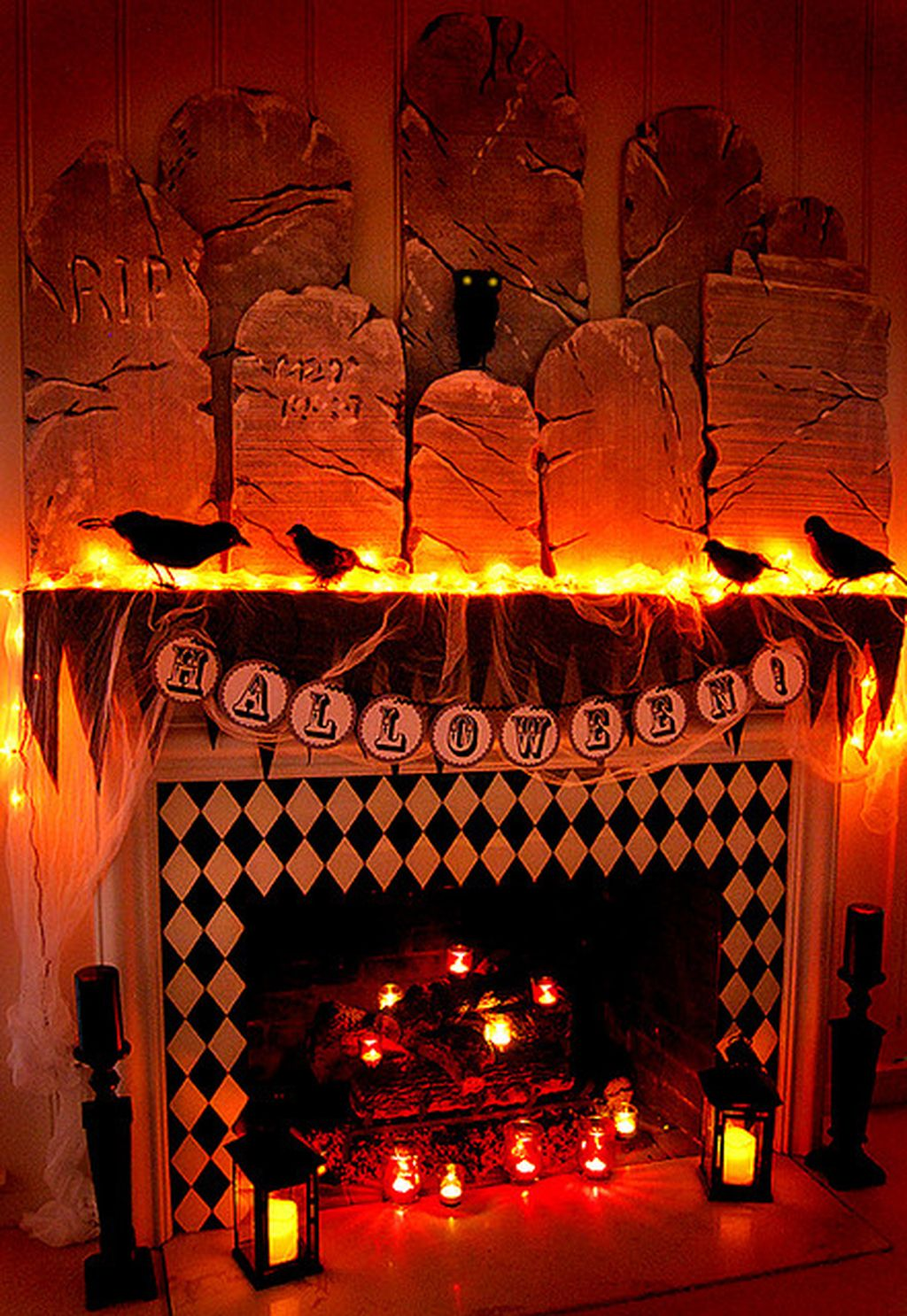 Scary But Classy Halloween Fireplace Decoration Ideas 06
