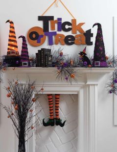 Scary But Classy Halloween Fireplace Decoration Ideas 64