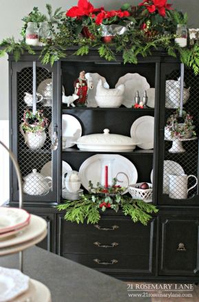 Stunning White Vintage Christmas Decoration Ideas 41