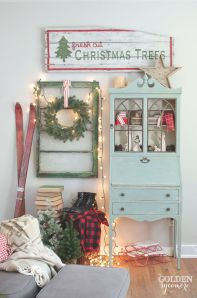 Stunning White Vintage Christmas Decoration Ideas 54