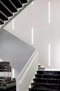 Totally Inspiring Residential Staircase Design Ideas You Can Apply For Your Home 16