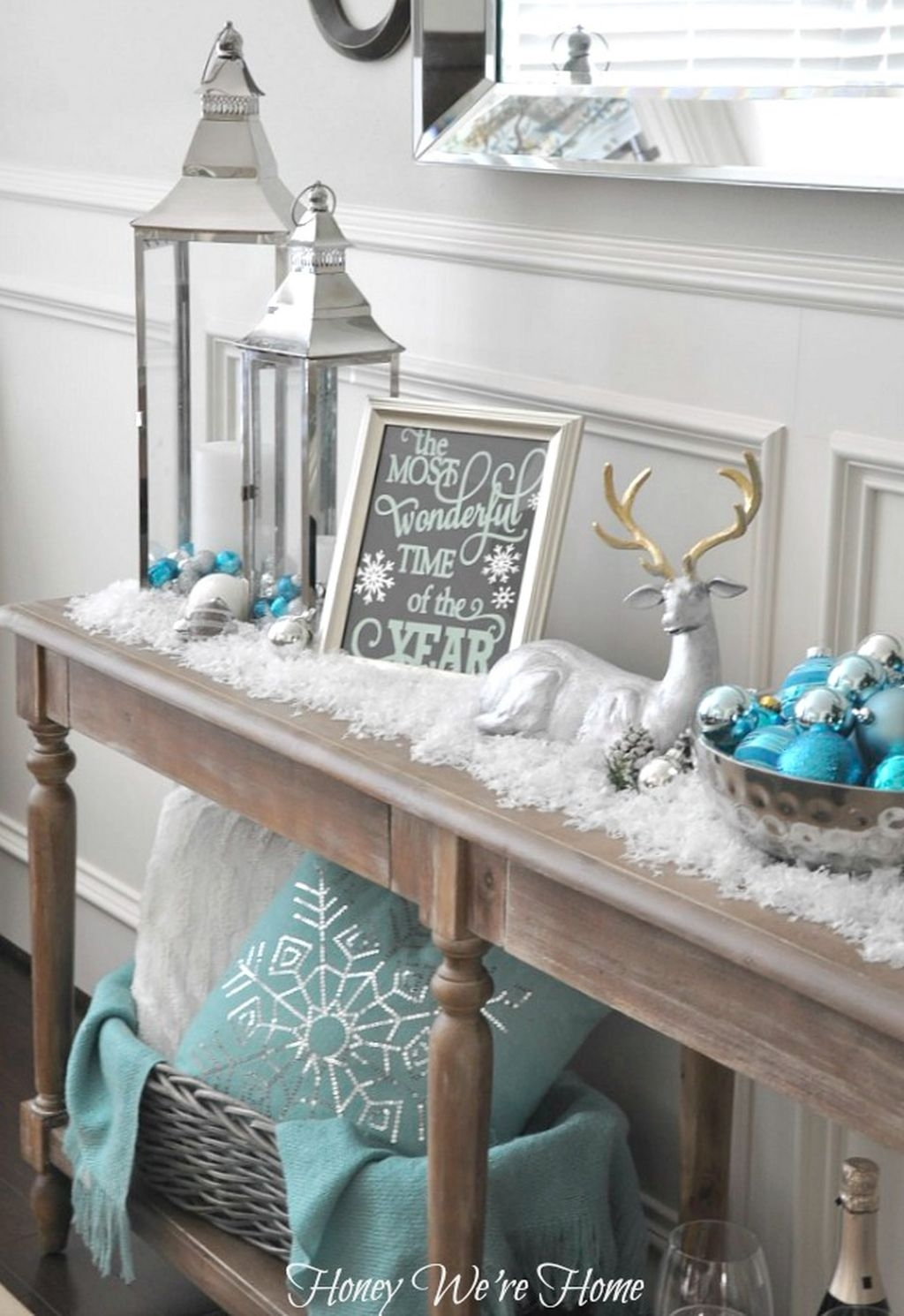 Amazing Silver And Blue Christmas Decoration Ideas For Christmas And New Year01