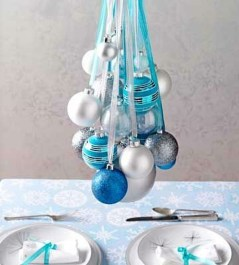 Amazing Silver And Blue Christmas Decoration Ideas For Christmas And New Year09