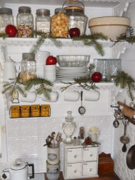 Brilliant Christmas Decoration Ideas For Small House 43