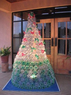 Brilliant And Inspiring Recycled Christmas Tree Decoration Ideas 23