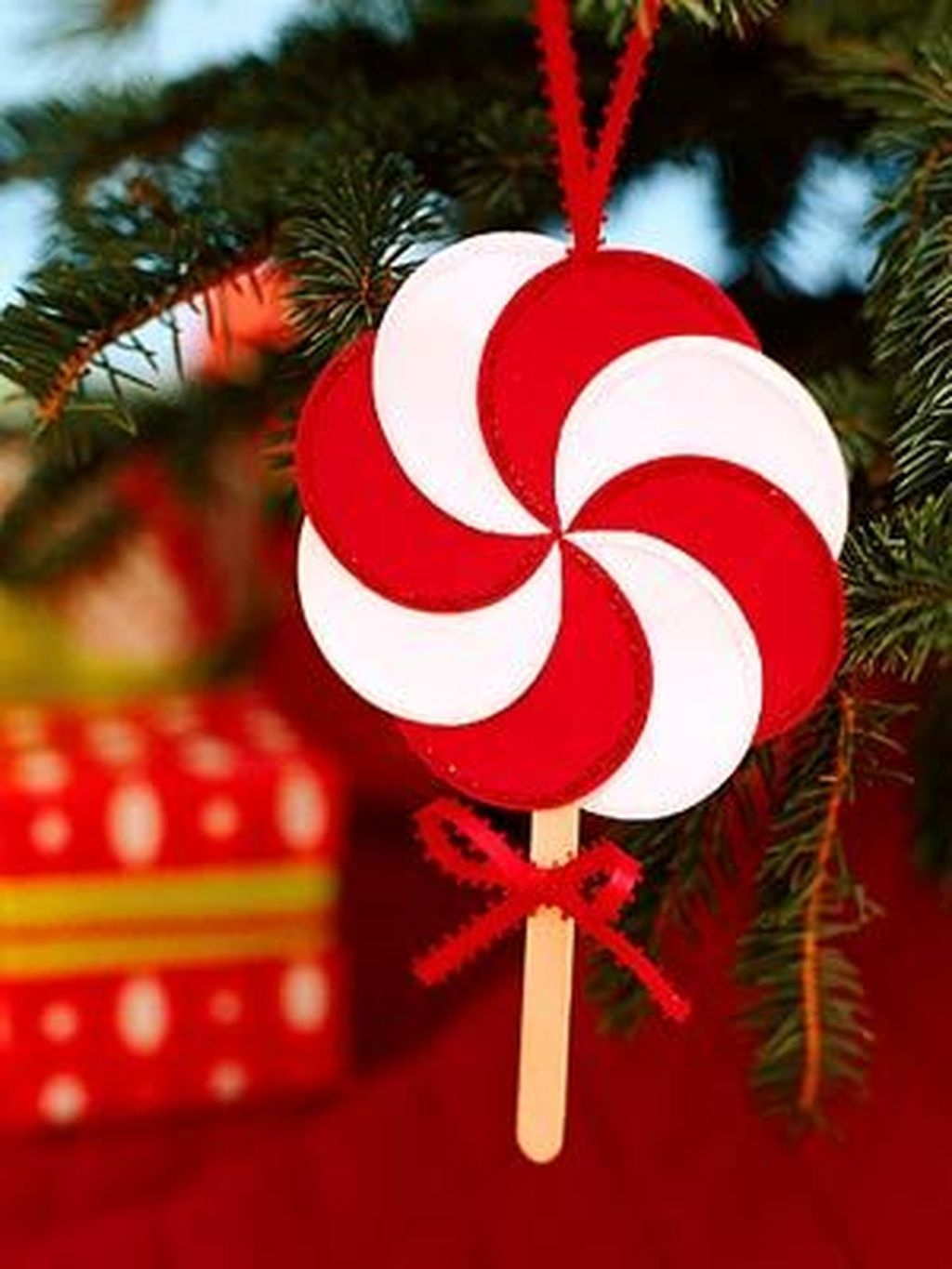 Easy And Creative Christmas Decoration Crafts Ideas Fun For Kids 14