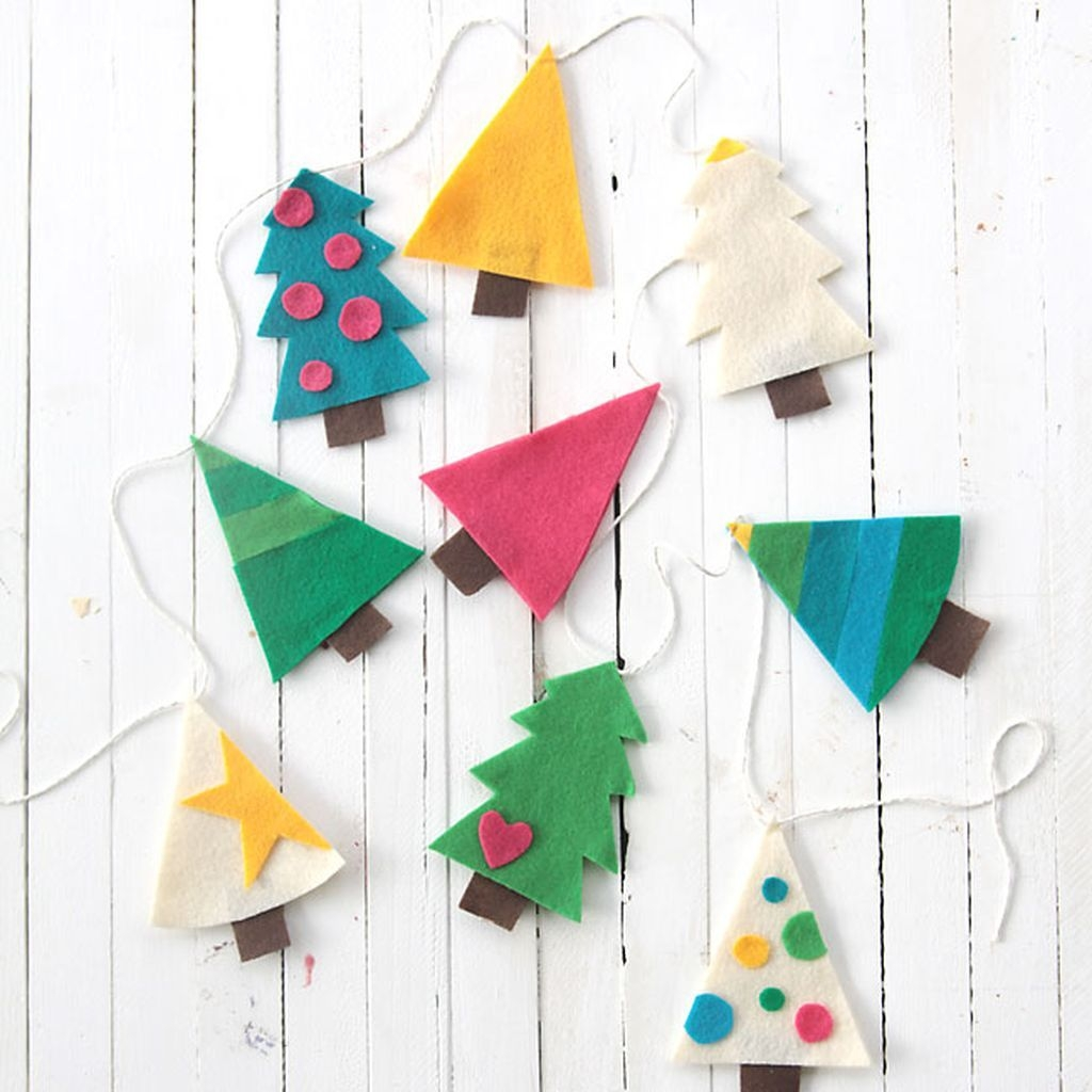 Easy And Creative Christmas Decoration Crafts Ideas Fun For Kids 32