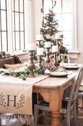 Elegant Table Christmas Decoration Ideas 06