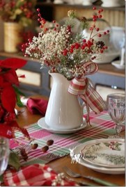 Elegant Table Christmas Decoration Ideas 11