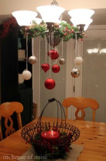 Elegant Table Christmas Decoration Ideas 19