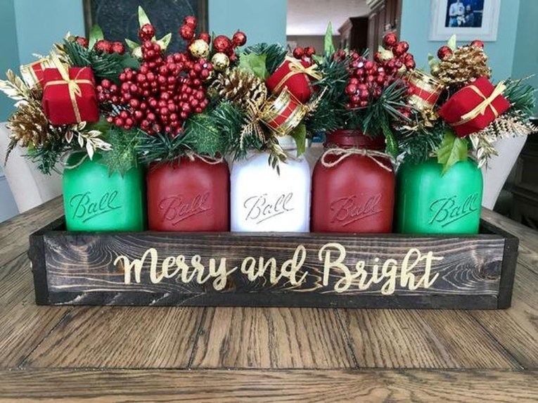 Eye Catching Rustic Christmas Decoration Ideas To Jazz Up Your Home 04