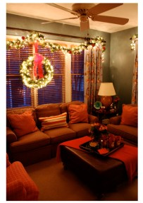 Gergerous Indoor Decoration Ideas With Christmas Lights26