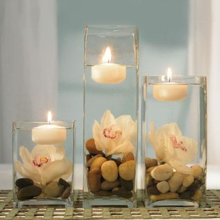 Romantic Christmas Centerpieces Ideas With Candles 16