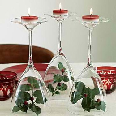 Romantic Christmas Centerpieces Ideas With Candles 47