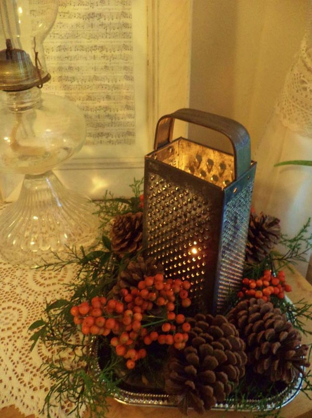 Simple And Easy Christmas Centerpieces Ideas30
