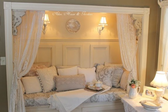 Totally Adorable French Bedroom Decoration Ideas08