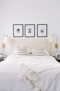 Totally Adorable French Bedroom Decoration Ideas25