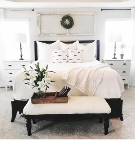 Totally Adorable French Bedroom Decoration Ideas27