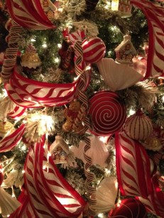 Totally Fun Candy Cane Christmas Decoration Ideas For Your Home12