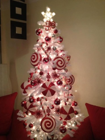 Totally Fun Candy Cane Christmas Decoration Ideas For Your Home46