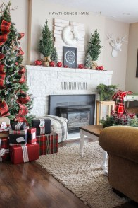 Totally Inspiring Red And Gold Christmas Decoration Ideas 19