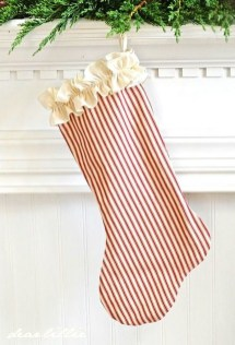 Traditional Christmas Decoration Ideas You Will Totally Love 32