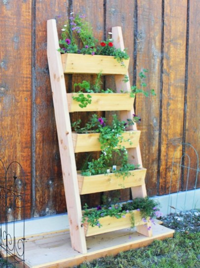 Awesome And Affordable Vertical Garden Ideas For Your Home 15