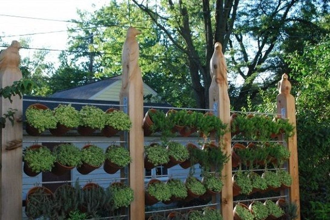 Awesome And Affordable Vertical Garden Ideas For Your Home 40