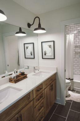 Cool Rustic Modern Bathroom Remodel Ideas 17