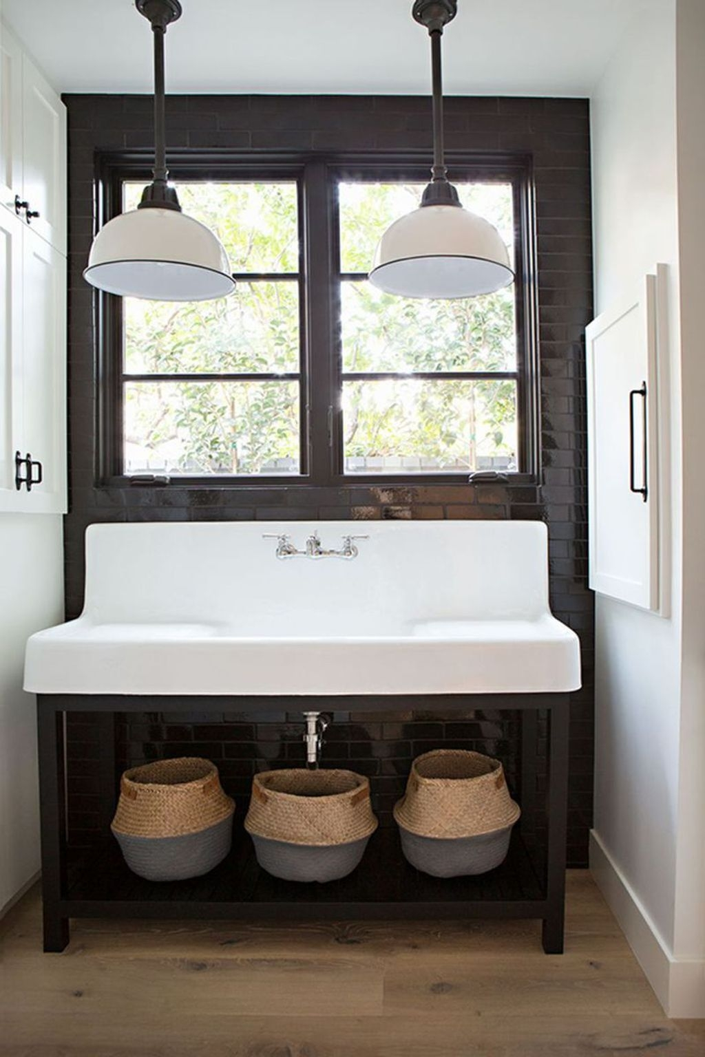 Cool Rustic Modern Bathroom Remodel Ideas 41