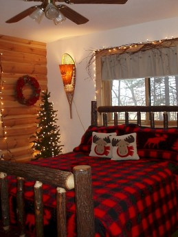Cozy Plaid Decor Ideas For Christmas 07