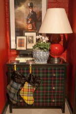 Cozy Plaid Decor Ideas For Christmas 26