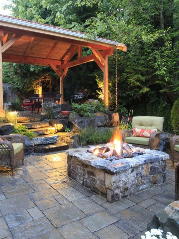 Cozy Rustic Patio Design Ideas17