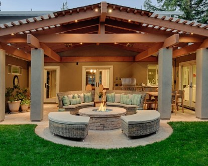 Cozy Rustic Patio Design Ideas18